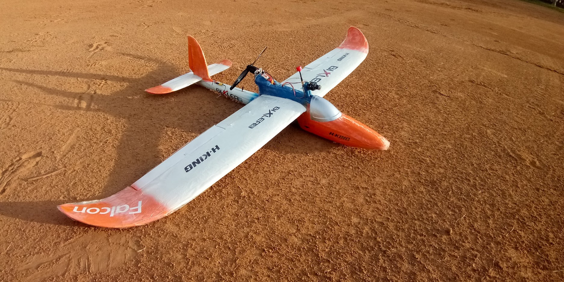 Read more about the article The  Amazing Bixler 2 – Fun, Relaxed FPV Build